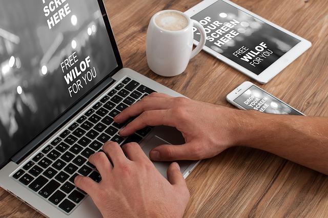 Desktop-PC oder Notebook